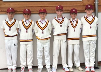 Downsend U9s Cricket Sixes
